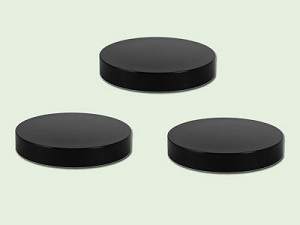38-400 Black Polypropylene Smooth Lid with PS-22 Liner